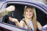 ¿Cuánto cuesta sacar el carné de conducir en España?