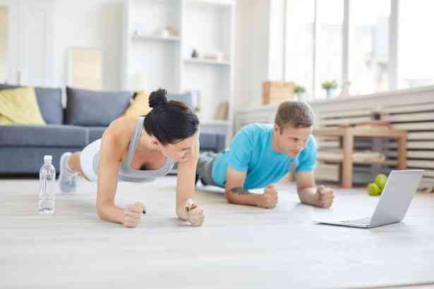 ¿Cómo mantenerte en forma sin salir de casa?