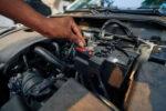¿Cómo se arranca un coche sin batería?